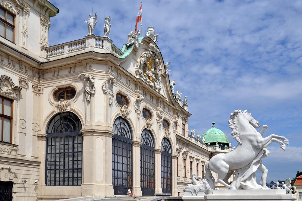 Rossebändiger vor dem Oberen Belvedere Wien