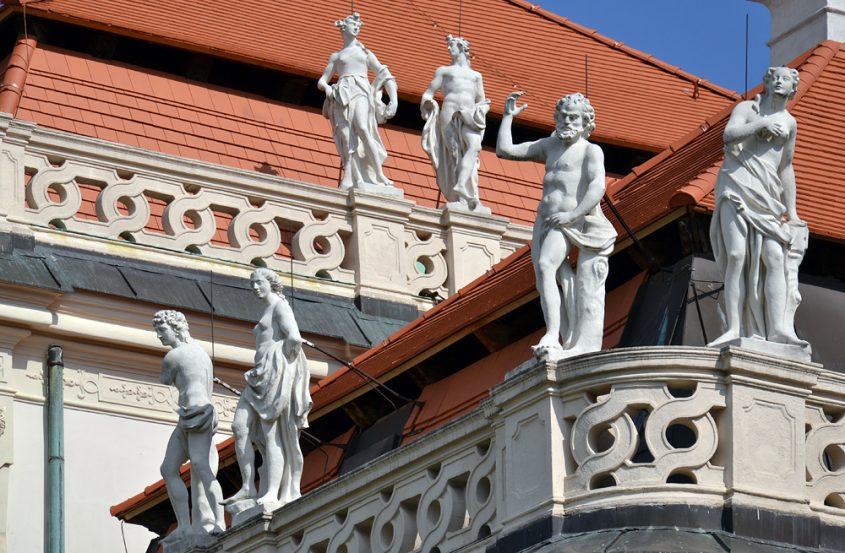 Wien, Skulpturen auf dem Unteren Belvedere