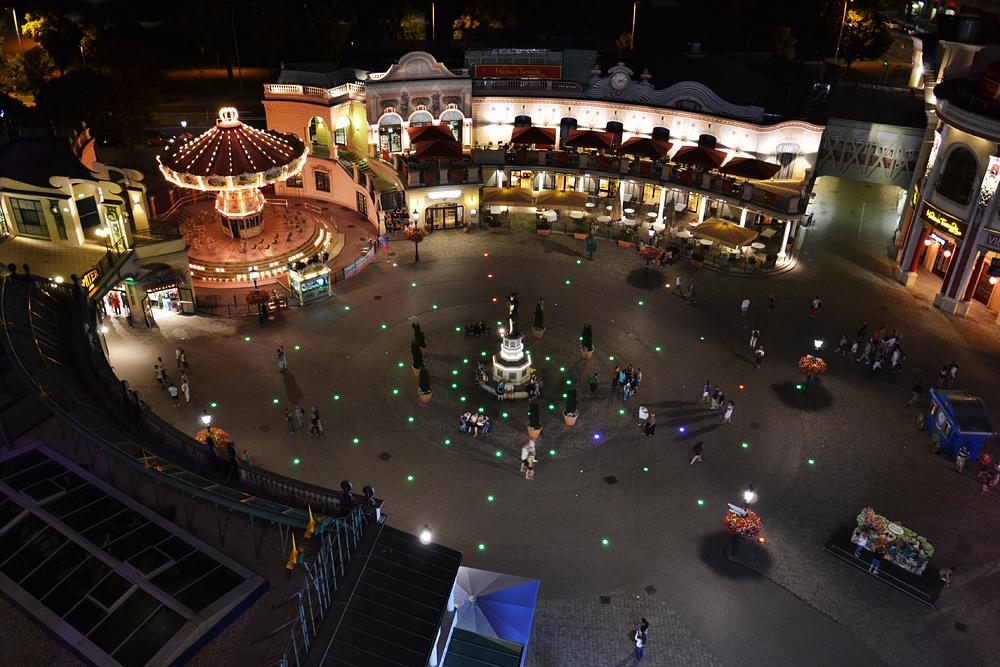 Wien, Riesenradplatz, Prater bei Nacht