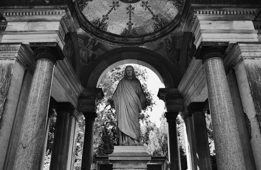 Fabian Fröhlich, Friedhof der Dreifaltigkeitsgemeinde Berlin, Grabmal Krause von Friedrich Hitzig