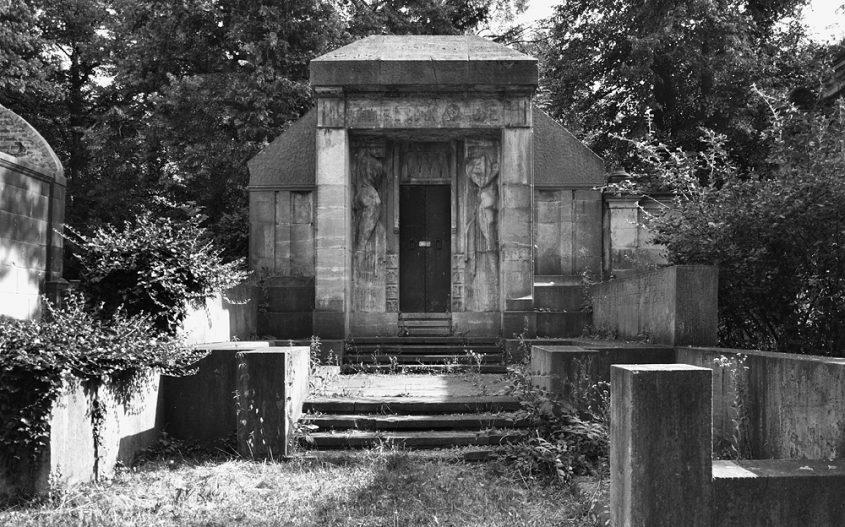 Fabian Fröhlich, Max Krause, Mausoleum von Bruno Schmitz und Franz MetznerFriedhof IV der Gemeinde Jerusalems- und Neue Kirche