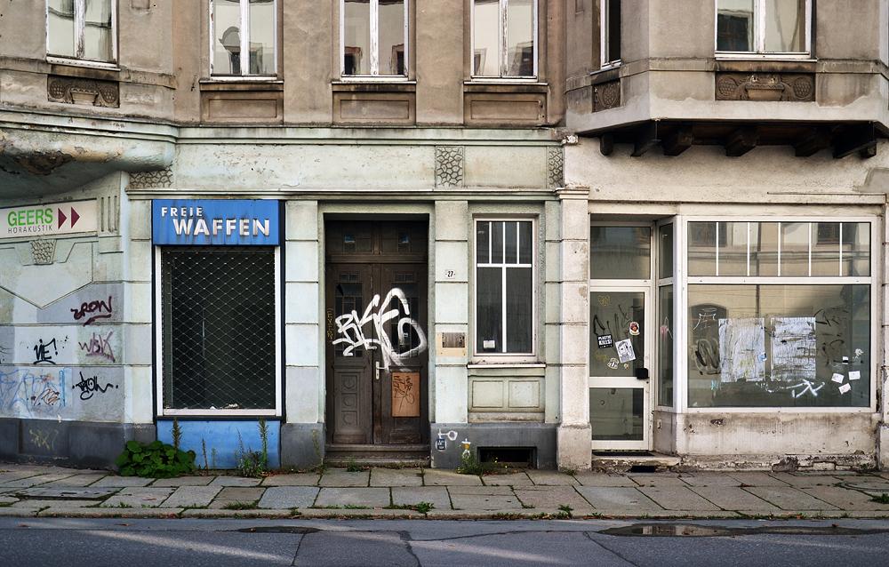 Chemnitz Georgstraße, Freie Waffen