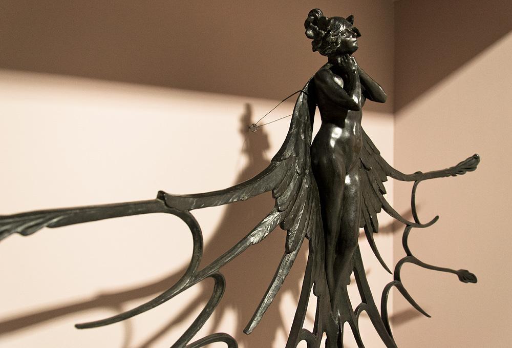 Kunstgewerbemuseum Berlin, Ziergitter Schmetterlingsfrau von René Lalique