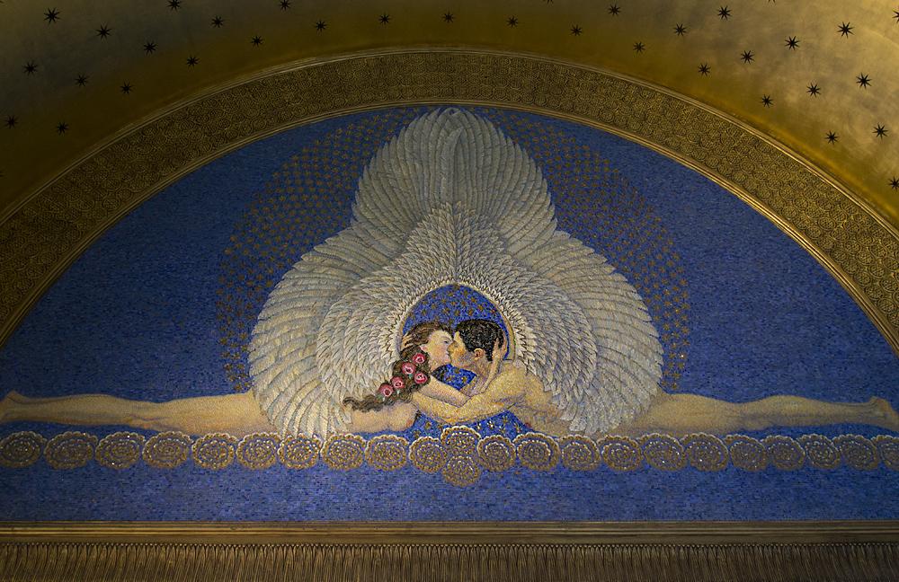 Mathildenhöhe, Künstlerkolonie Darmstadt, Mosaik Der Kuss von Friedrich Wilhelm Kleukens im Hochzeitsturm