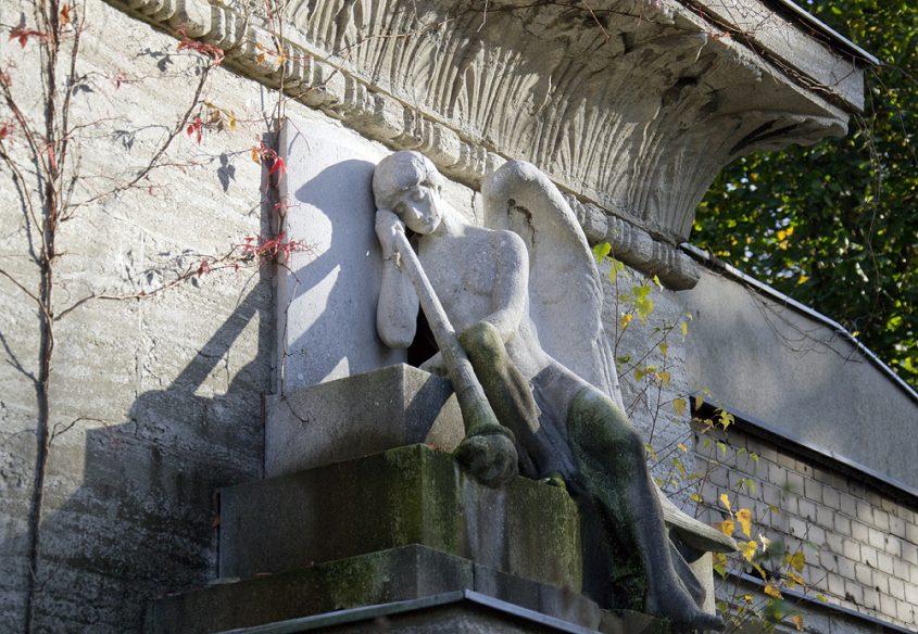 Friedhof Berlin Wilmersdorf, Thanatos, Grabstätte Marie Kopp
