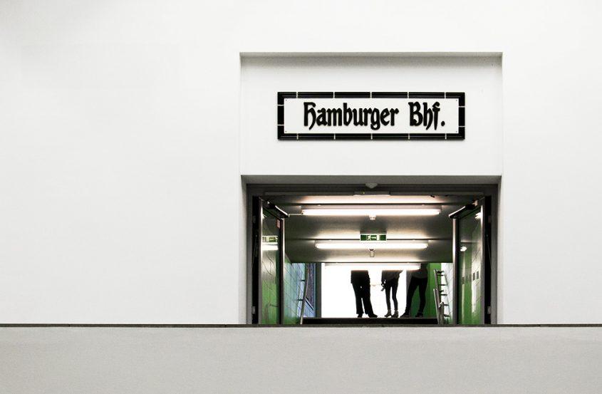 Hamburger Bahnhof, Berlin,Übergang zu den Rieckhallen