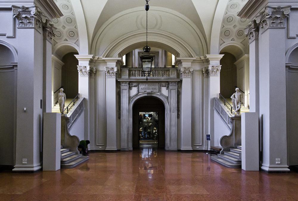 Hessisches Landesmuseum Darmstadt, Halle