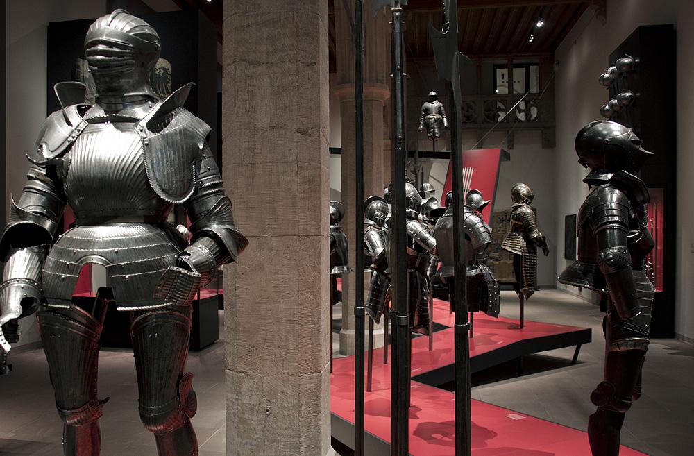 Hessisches Landesmuseum Darmstadt, Rüstungen im Waffensaal
