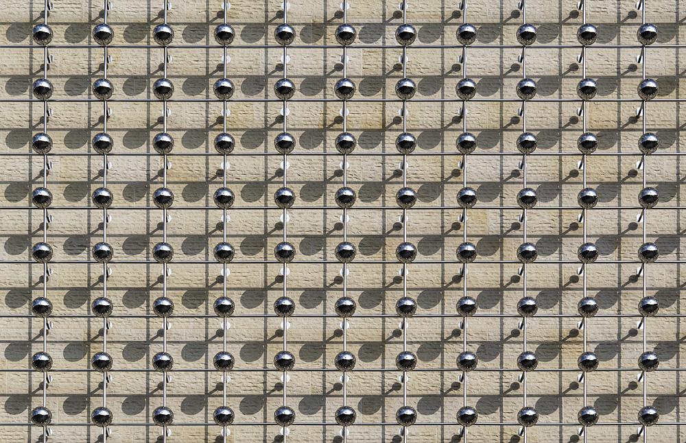 Münster, LWL-Landesmuseum für Kunst und Kultur, Fassade, Otto Piene, Silberne Frequenz