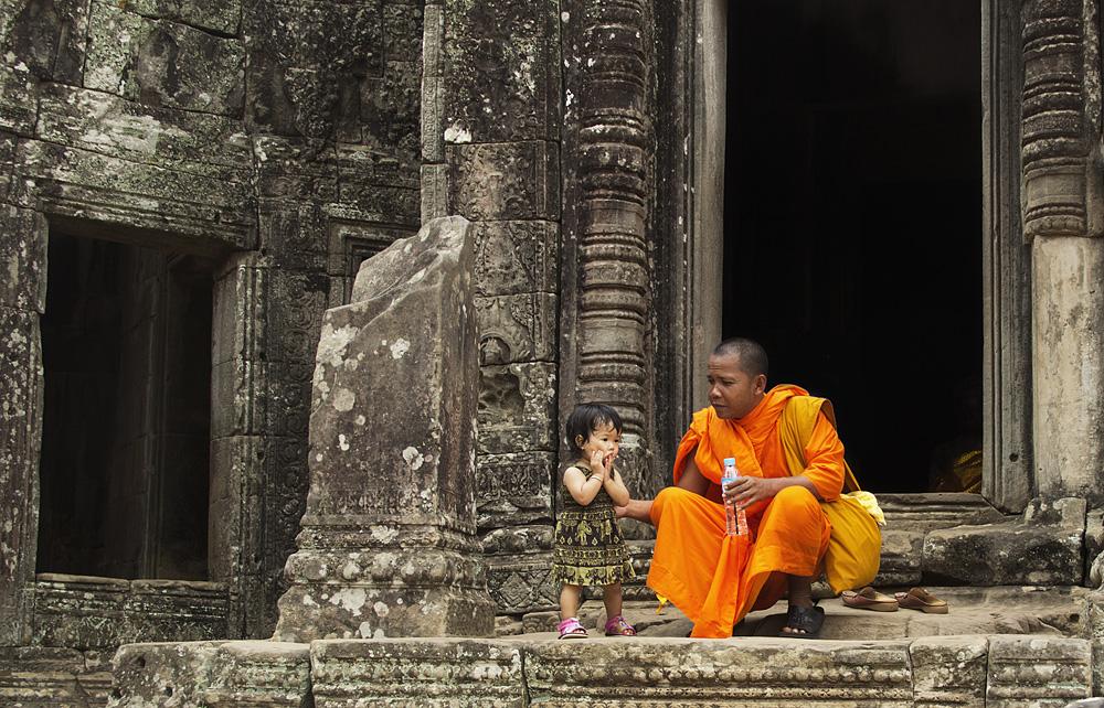 Angkor, Bayon, Mönch