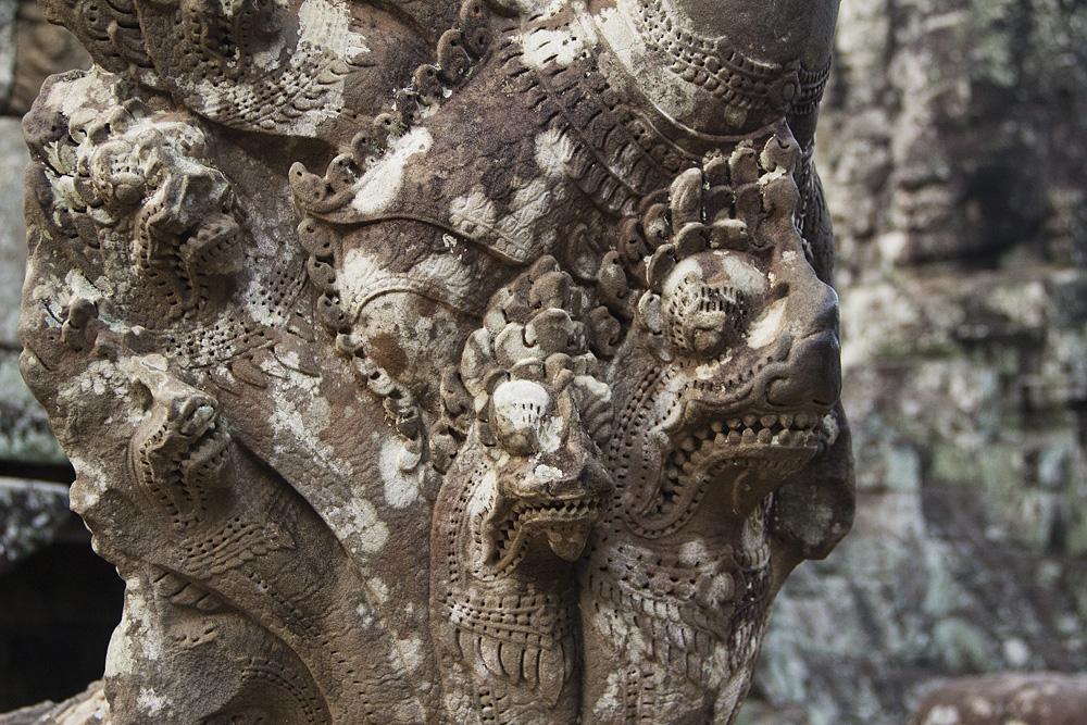 Angkor, Bayon, Naga