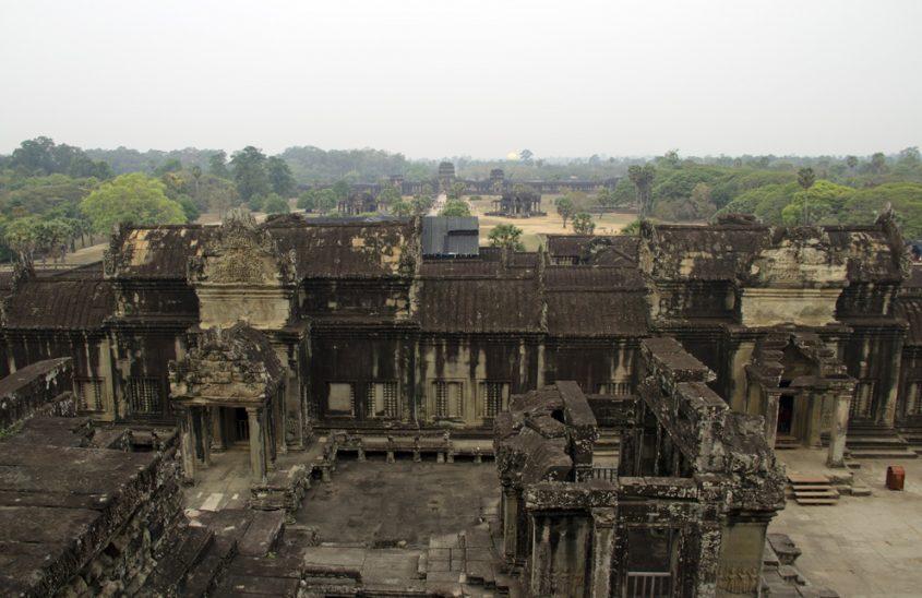 Angkor Wat, Blick von den Türmen zum Haupteingang