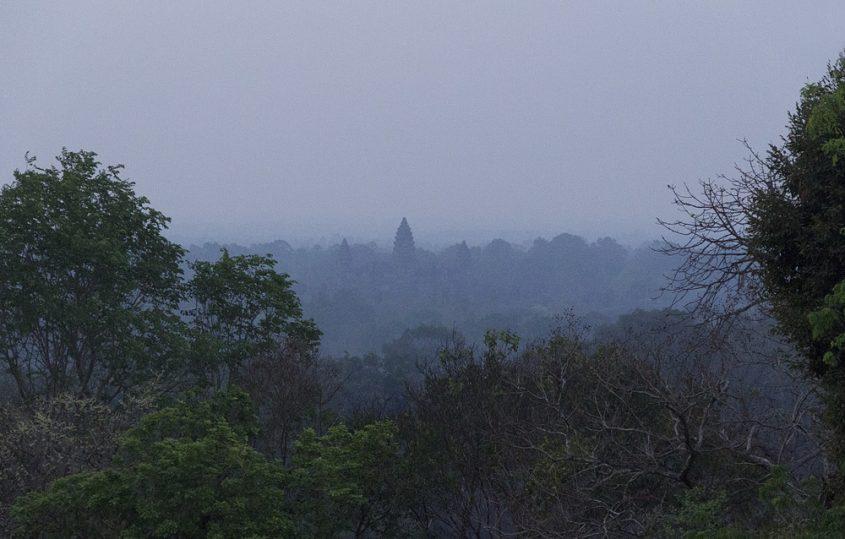 Blick vom Phnom Bakheng nach Angkor Wat