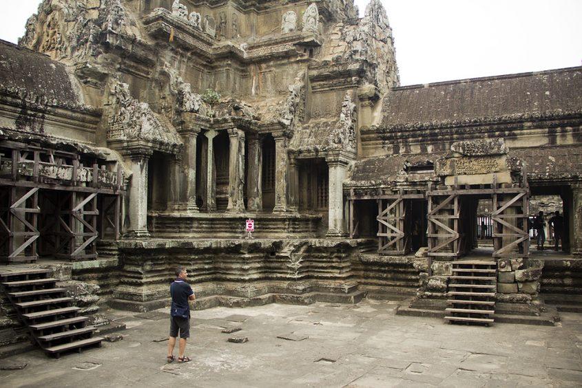 Angkor Wat, Hof, Türme