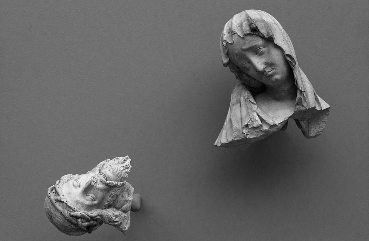 Bode-Museum, Ausstellung Das verschwundene Museum, Zwei Fragmente einer Pieta, Prag