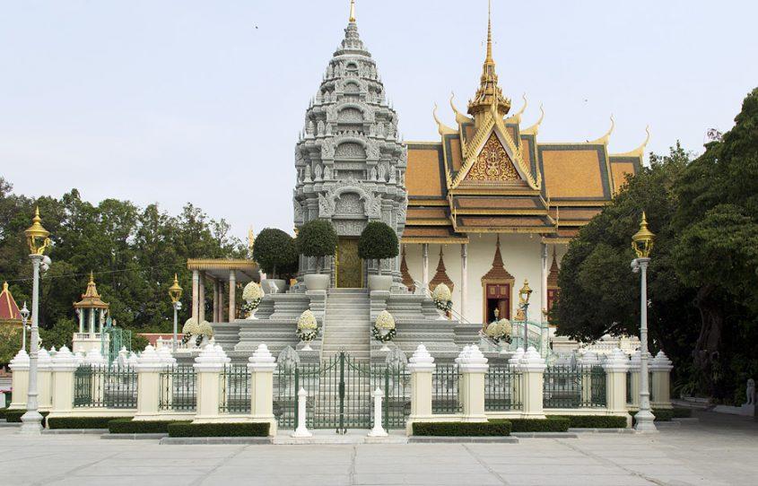 Phnom Penh, Silberpagode, Stupa der Tochter Sihanouks