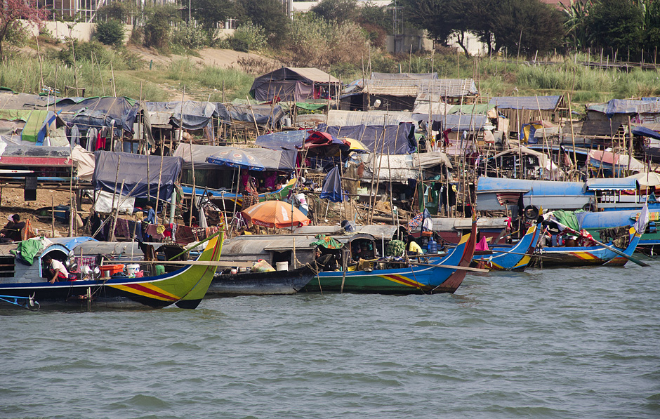 Phnom Penh, Tonle Sap, Boote