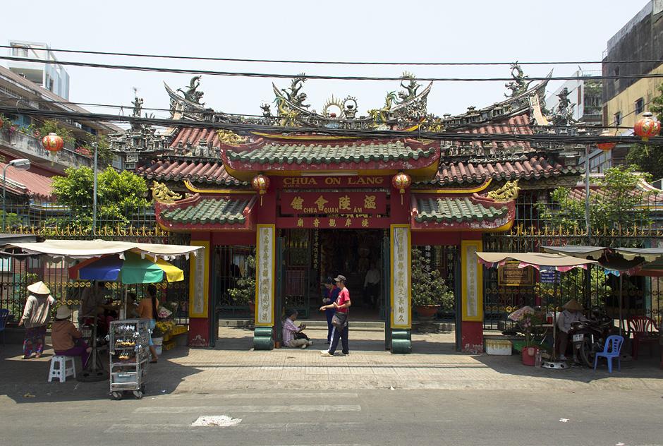Saigon, Cholon, Chinatown, Chùa Quan Âm