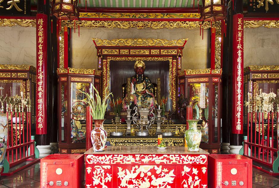 Saigon, Cholon, Chinatown, miếu Quan Đế