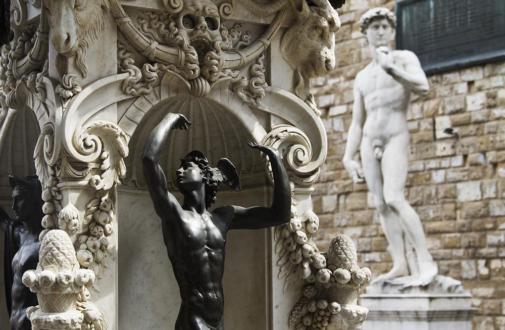 Fabian Fröhlich, Florenz, Loggia dei Lanzi, Benvenuto Cellini, Perseus und Medusa (Sockel)