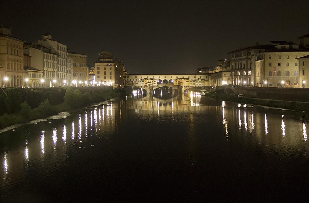 Florenz bei Nacht, Arno