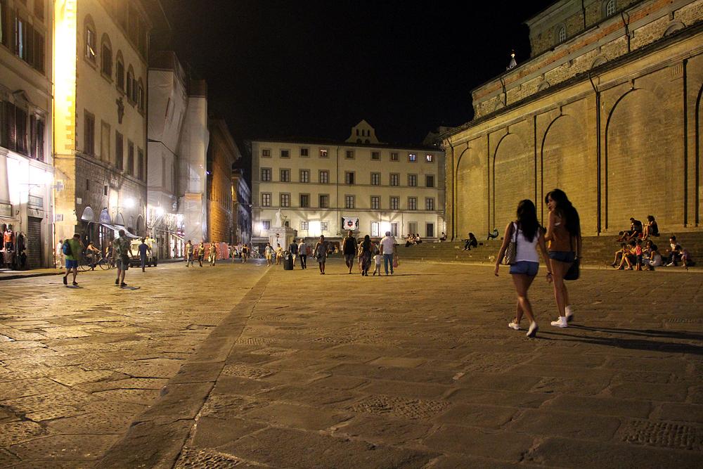 Florenz bei Nacht, Piazza San Lorenzo