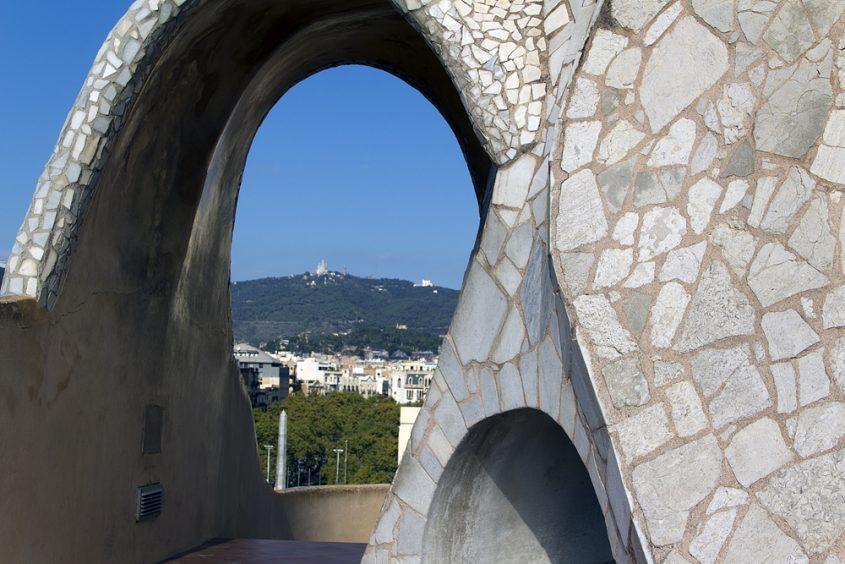 Barcelona, Casa Milà, La Pedrera, Antoni Gaudí, Kacheln auf der Dachterrasse