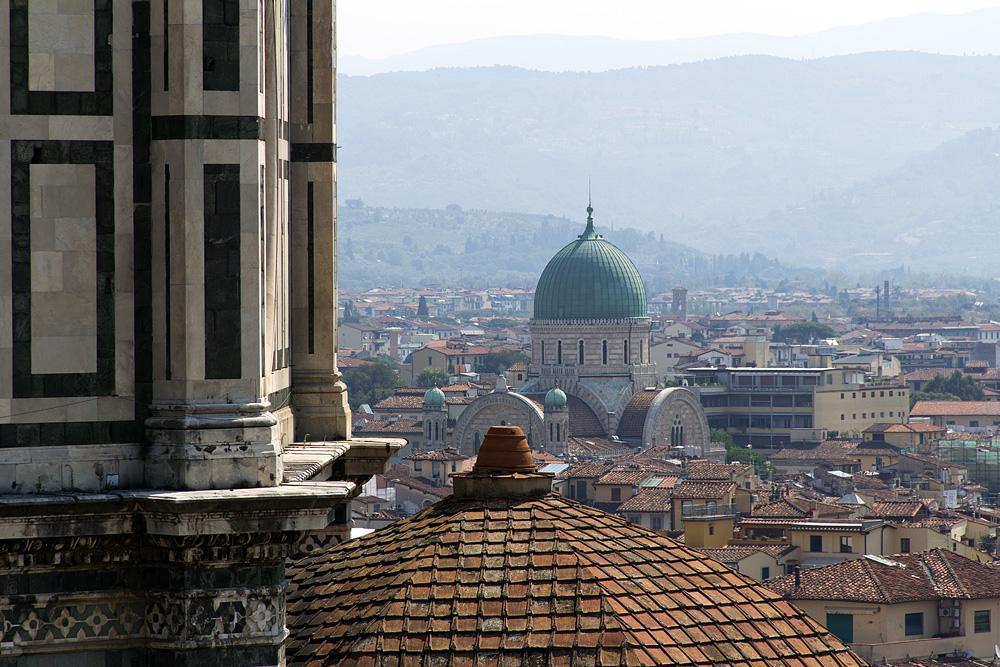 Florence, Dom Santa Maria del Fiore, Blick Campanile Sinagoga