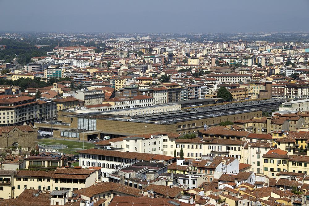 Florence, Dom Santa Maria del Fiore, Blick vom Campanile zum Banhof