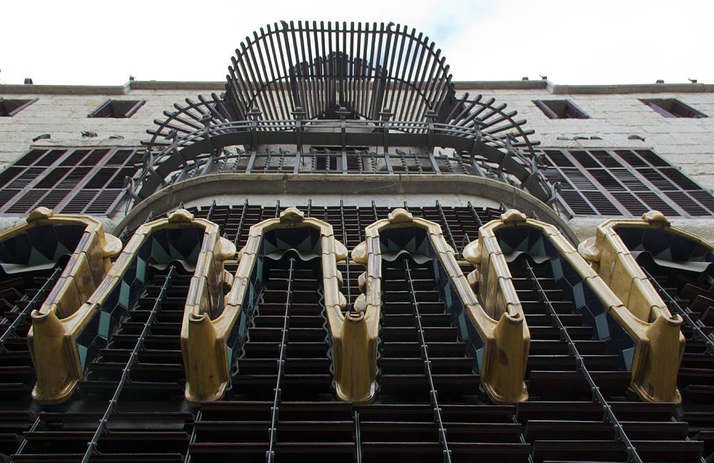 Barcelona, Palau Güell, Antoni Gaudi, Rückseitige Fassade