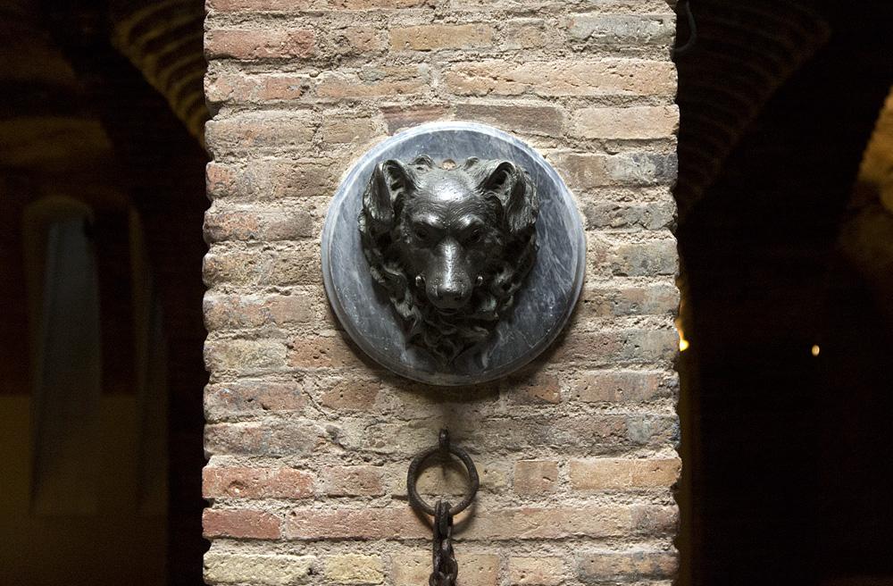 Barcelona, Palau Güell, Antoni Gaudi, Keller