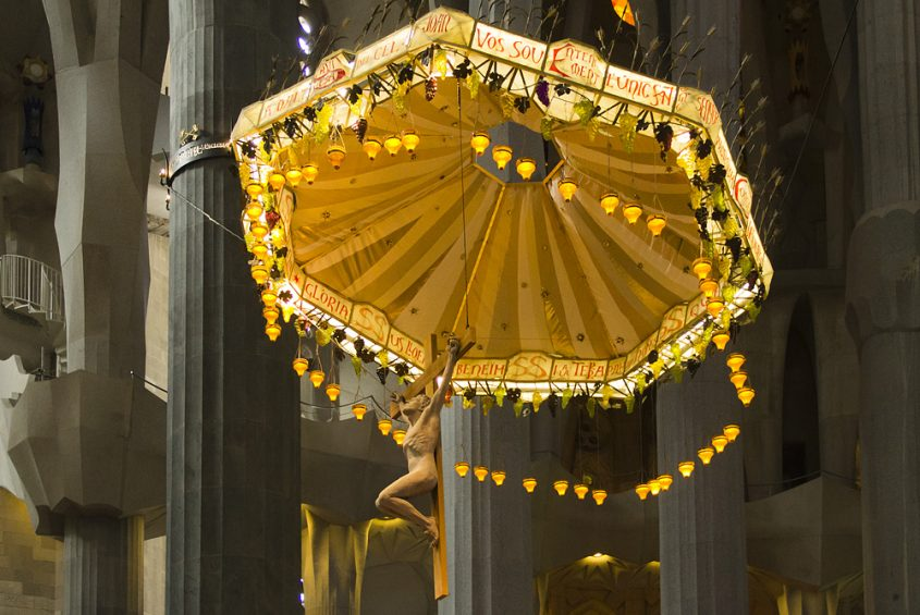 Barcelona, Sagrada Familia, Baldachin mit Christus