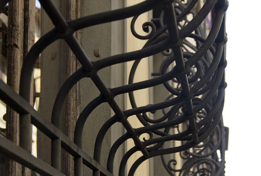 Florenz, fenstergitter in der Via delia Colonna