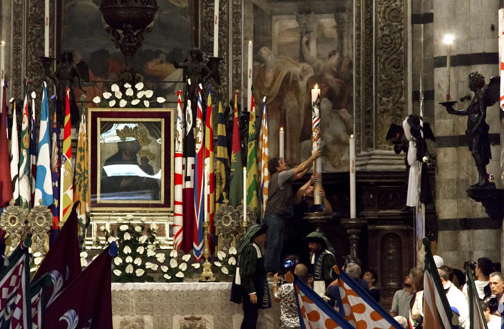 Siena, Palio 2015, Corteo dei Ceri, Dumo, historischer Umzug