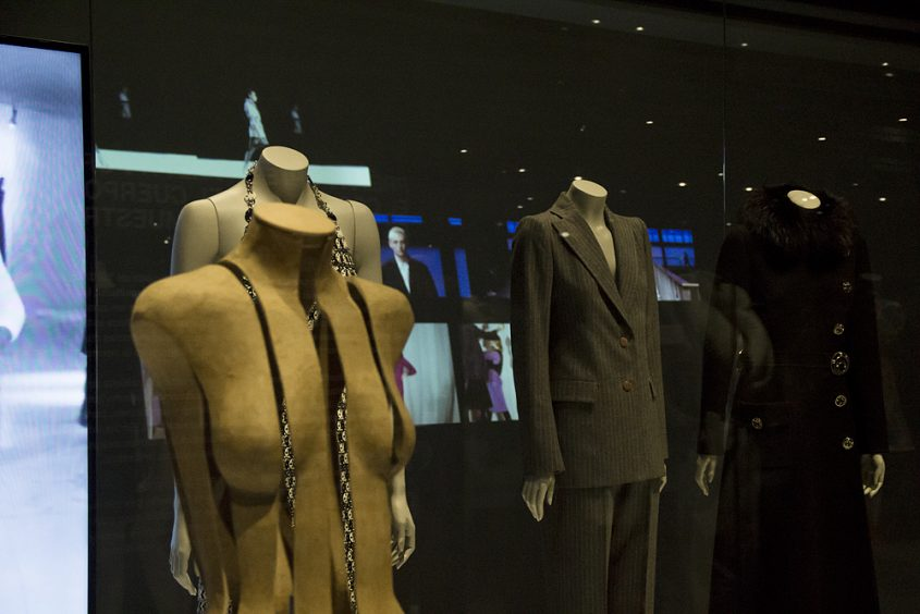 Museu del Disseny Barcelona, Mode, El cos vestit. Siluetes i moda (1550-2015)