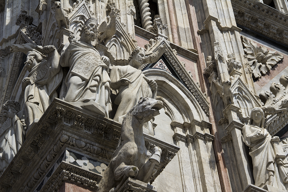 Siena, Dom, Skulpturen