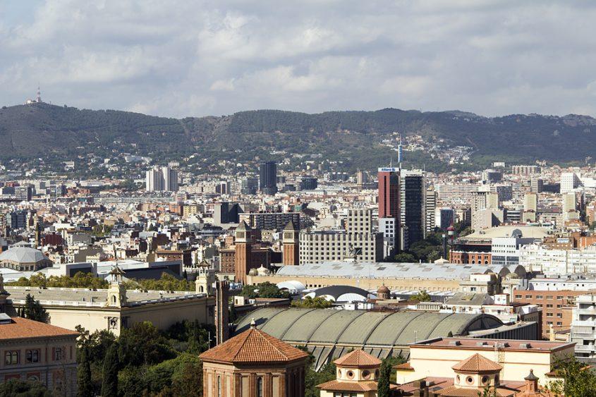 Barcelona, Parc de Montjuïc, Blick vom Dach der Dach der Fundació Joan Miró