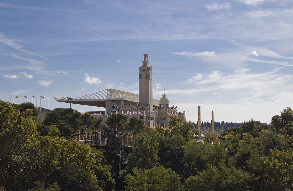 Barcelona, Blick vom Dach des Palau Nacional zum Olympiastadion