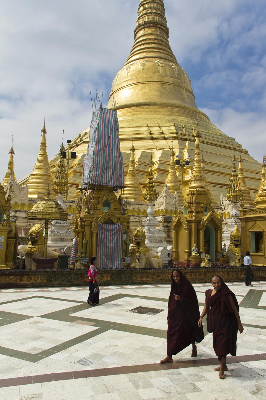 Yangon, Shwedagon Pagoda, Terrace