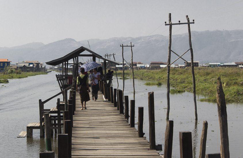 Myanmar, Inle-See, Steg bei Maing Thauk