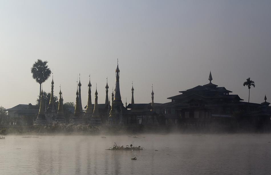 Myanmar, Inle-See, Zedis