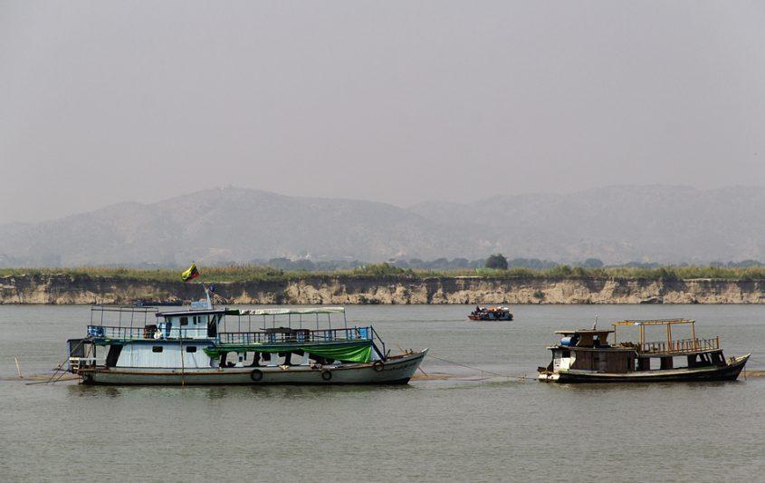 Mandalay, Ayearwaddy