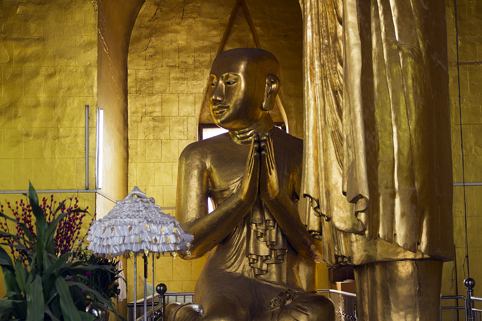 Mandalay, Shweyataw Buddha