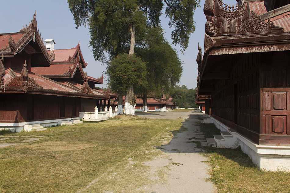 Mandalay, Rekonstruktion des Königspalastes