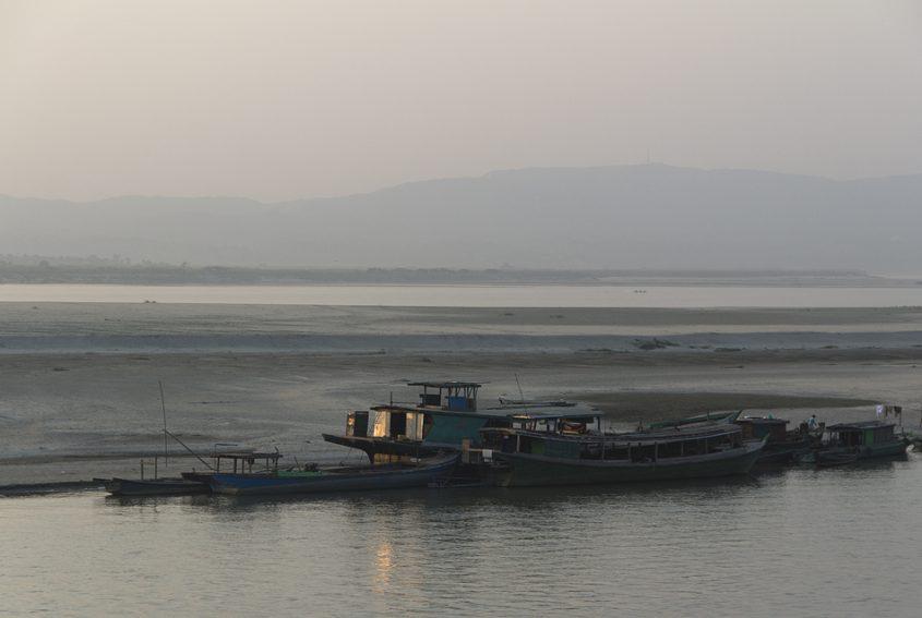 Mandalay, Irrawaddy River ,