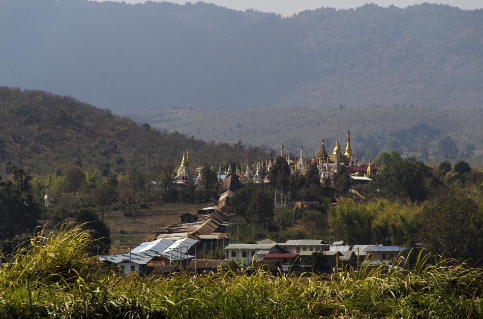 Myanmar, Inle-See, Taung-Tho-Kyaung-Pagode
