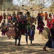 Bagan, Dhammayangyi, Marionetten