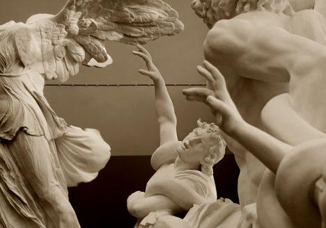 Abguss-Sammlung Antiker Plastik der Freien Universität Berlin, Gips, Nike von Samothrake und Loakoon-Gruppe