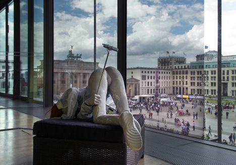 9. Berlin Biennale 2016, Selfie, Akademie der Künste, Anna Uddenberg, Transit Mode - Abenteuer 2014-2016: Journey of Self Discovery