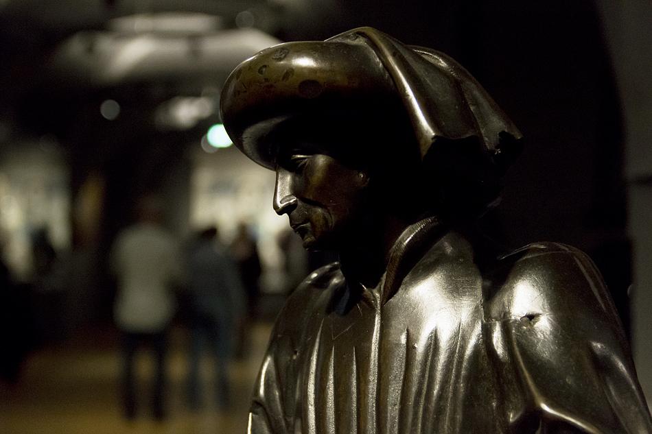 Amsterdam, Rijksmuseum, Pleurant vom Grabmals der Isabella von Bourbon